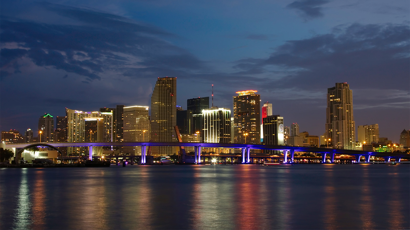 Night_Panorama_Miami_Florida_54621